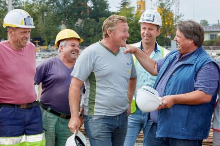 Durch Betriebsräte höhere Einkommen und bessere Vereinbarkeit von Berufs- und Privatleben