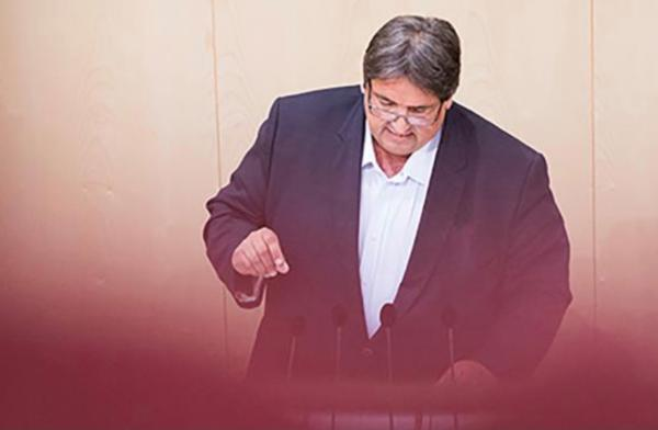 Muchitsch: SPÖ Anträge für 100.000 Jobs abgelehnt.